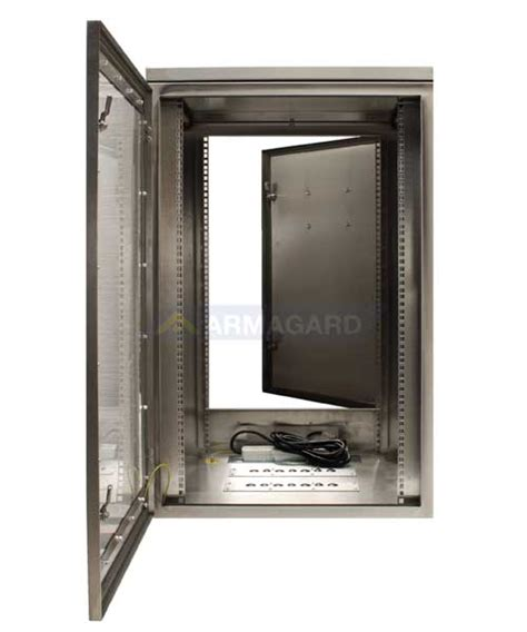 porte aperte pc armadio rack ip65 protezioni ip65 per server switch e