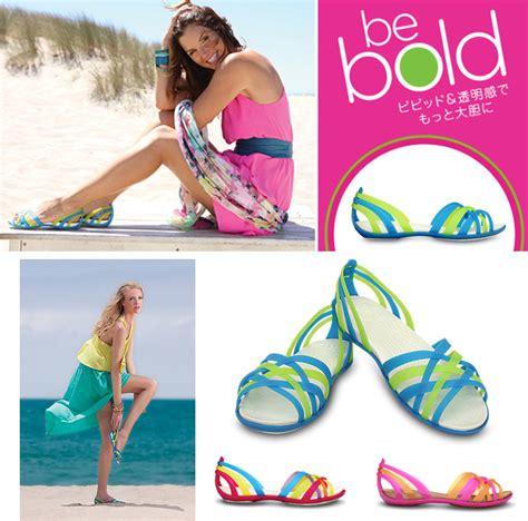 Sepatu Sandal Pantai Wanita jual sepatu sandal wanita crocs huarache flat shoes