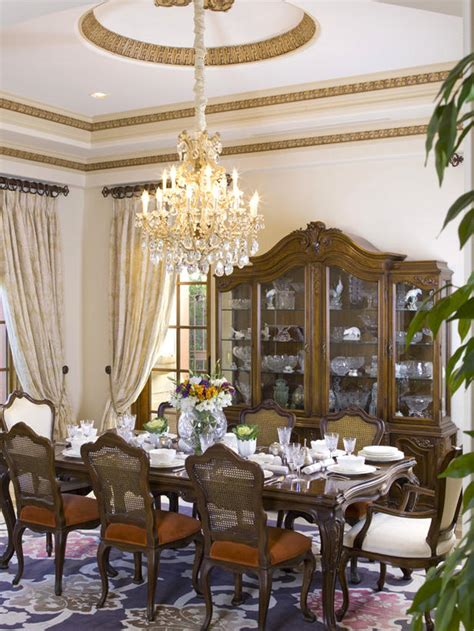 elegant chandeliers dining room 8 elegant victorian style dining room designs interior