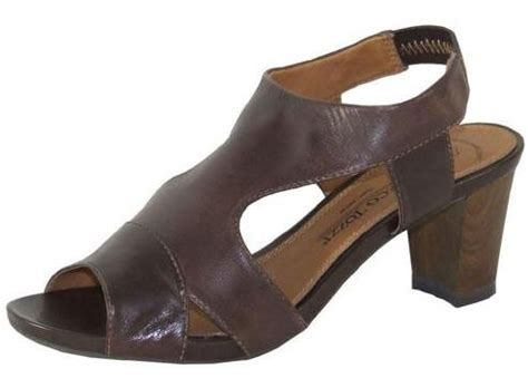 Sandal Wanita New Chaty Heel Sandals Brown Mocca Hr01 brown leather stacked heel sandals reduced to 163 30