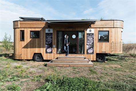 Micro Tiny House by Zu Besuch Im Wohnwagon Biorama