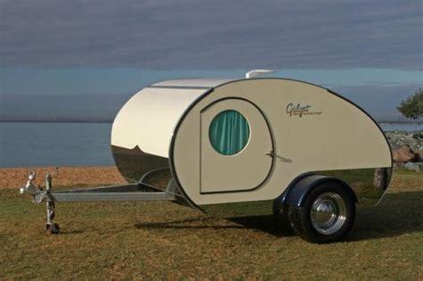 gidget retro cer la plus petite caravane au monde easyvoyage