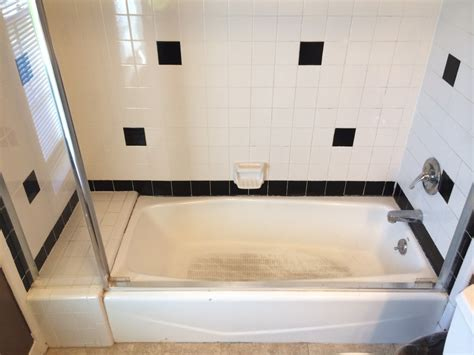 how to clean a reglazed bathtub bathtub reglazing is a good idea here s why