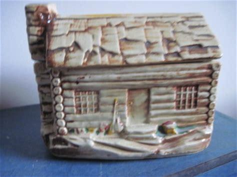 Mccoy Log Cabin Cookie Jar by Vintage Mccoy Pottery Log Cabin Cookie Jar With Original Paint No 136