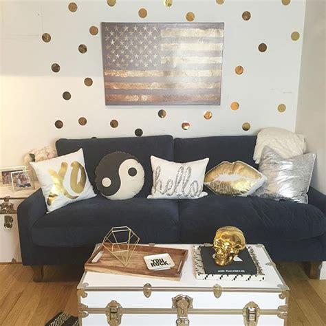 dorm room living 8440 best dorm room trends images on pinterest bedroom
