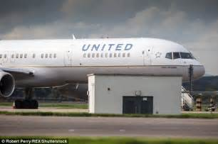 united airlines change flight fee more headaches for united airlines passenger sues