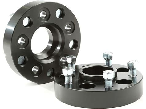 Rugged Ridge Wheel Spacers by Rugged Ridge 15201 15 Rugged Ridge 1 25 Quot Wheel Adapters For Jeep 174 Vehicles With 5x4 5 5x5 Bolt