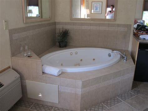hotel rooms with bathtubs whirlpool bath picture of skaneateles suites boutique
