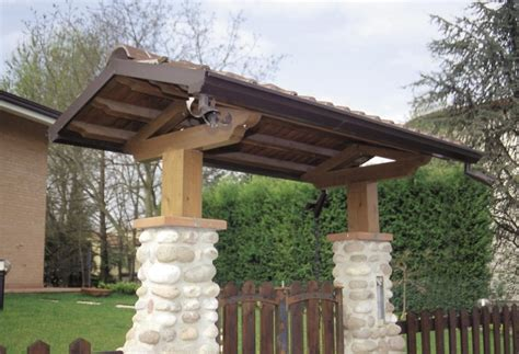 tettoie in legno per cancelli gf tettoie prodotti porticati e pergolati tettoie in