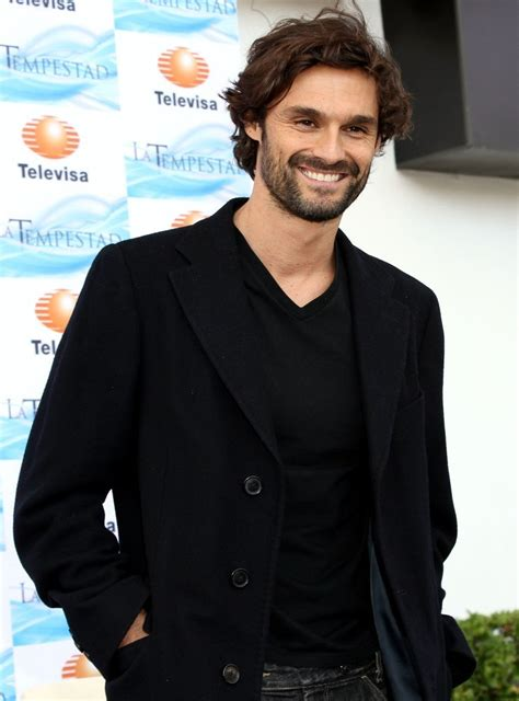 actor español angel ivan sanchez talks about his spanish soap opera zimbio