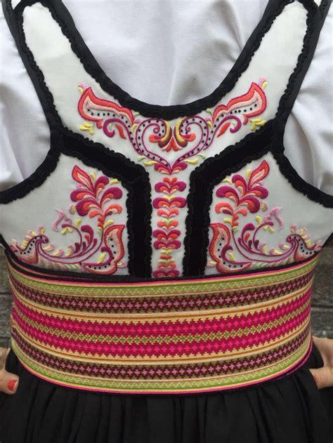Dres Etnic Vanlig 849 best folkwear of quot beltestakk quot images on folk folk costume and fork