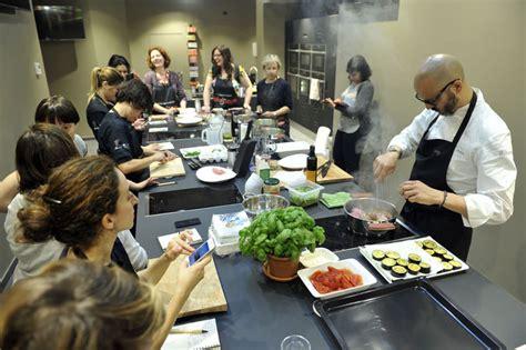scuola di cucina nuova scuola di cucina di sale pepe apre a