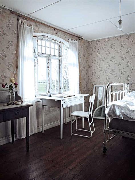 romantic  house   nostalgic interior design