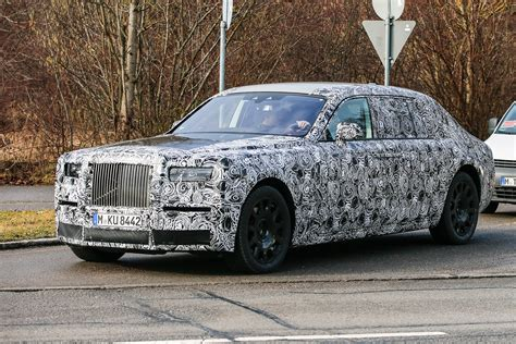 roll royce 2017 new rolls royce phantom 2017 spies pictures auto express