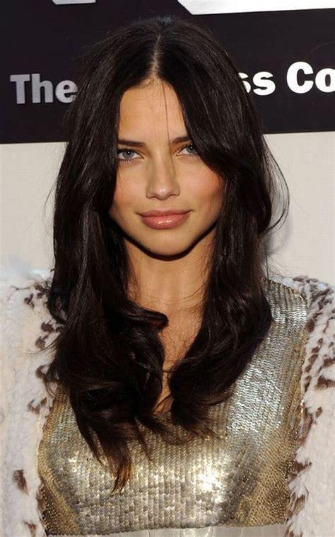 adriana lima s hair layers and soft balayage adriana lima brown hair adriana lima hair google search