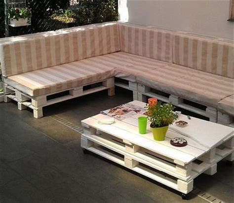 couch pallet couch made out of wood pallets pallet wood projects
