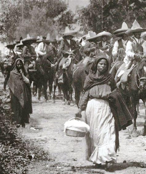 imagenes de la revolucion mexicana de mujeres women following their men into battle during the mexican