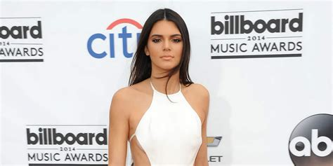 kylie jenner biography book kendall jenner net worth biography wiki 2016 celebrity