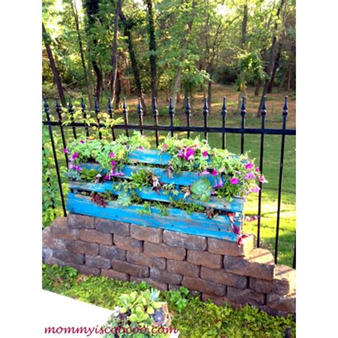 diy flower bed small flower bed diy projects the cottage market