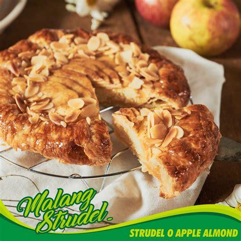 Malang Strudel Premium Durian strudel o apple almond malang strudel
