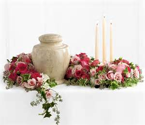 Flower Baskets For Funerals - ftd remembrance urn arrangement at 800florals com funeral
