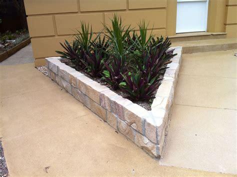 sandstone garden edging brisbane garden ftempo