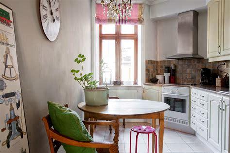warna    cat dinding  dapur  foto
