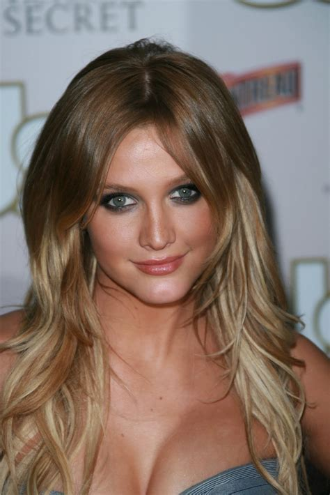 ashlee simpson hairstyles hairstyle review and pictures ashlee simpson hairstyle