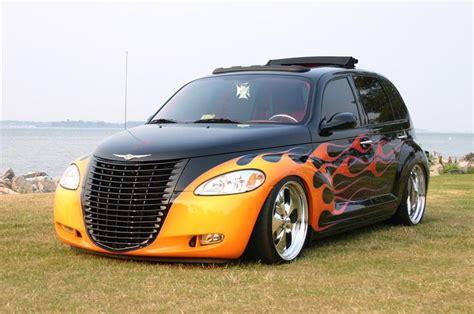 Are Chrysler Pt Cruisers Cars 2002 Chrysler Pt Cruiser Custom 4 Door Hardtop Barrett