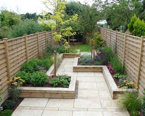 paved narrow courtyard and raised beds great geometry batman paved garden pinterest