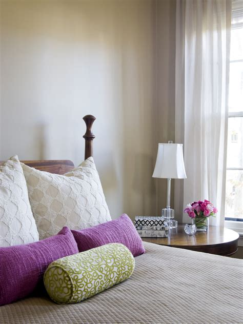Bedroom Pillow Options Cool Pillow Covers Decorating Ideas Images In Bedroom