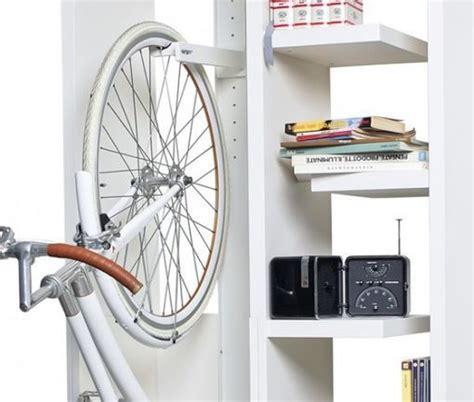 mueble para bicicleta habitaciones juveniles ideas decorativas para guardar la
