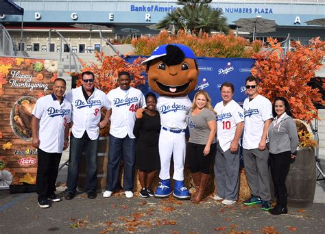 Thanksgiving Turkey Giveaway Los Angeles - dodgers host 13th annual thanksgiving turkey giveaway