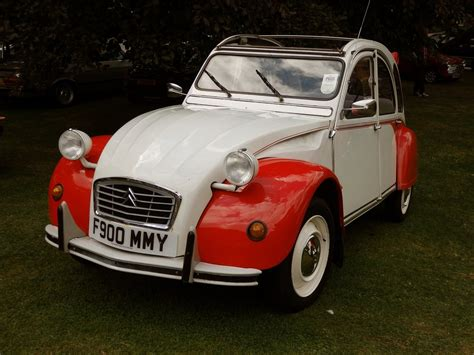 Citroen Classic Cars by Citro 235 N 2cv