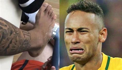 imagenes memes neymar neymar mira el preocupante estado de su pie despu 233 s de la