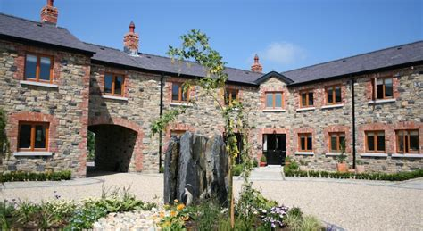 cheap cottages in ireland self catering accommodation in ireland self catering