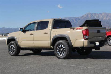 truck tacoma truck of the year walk around 2016 toyota tacoma trd