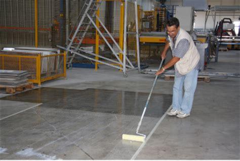 resina bicomponente per pavimenti trattamento protettivo antipolvere di pavimenti in