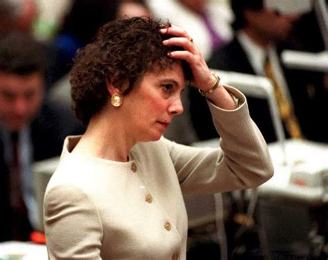 hair cut lawyer marcia clark s hairstyles cuts during the oj simpson