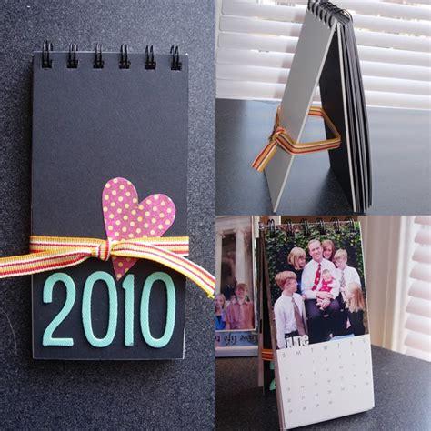 how to make a calendar stand make a stand up calendar for 2010