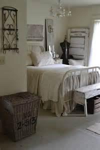 Rustic Chic Bedroom Decor - 65 cozy rustic bedroom design ideas digsdigs