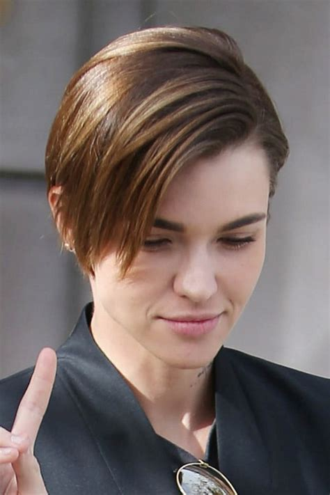 ruby rose hairstyles ruby rose straight medium brown all over highlights