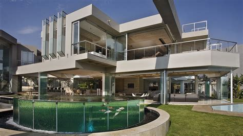 contemporary architects glass house by nico van der meulen architects