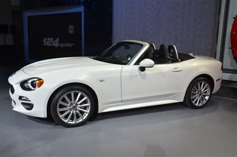 r馼ausseur si鑒e auto 2016 fiat 124 spider page 10