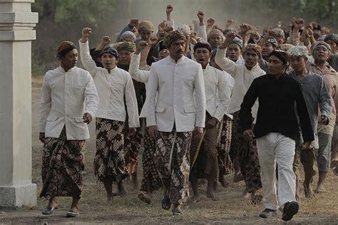 film yg diperankan oleh adipati dolken 8 artis ini pernah perankan sosok pahlawan nasional dalam film