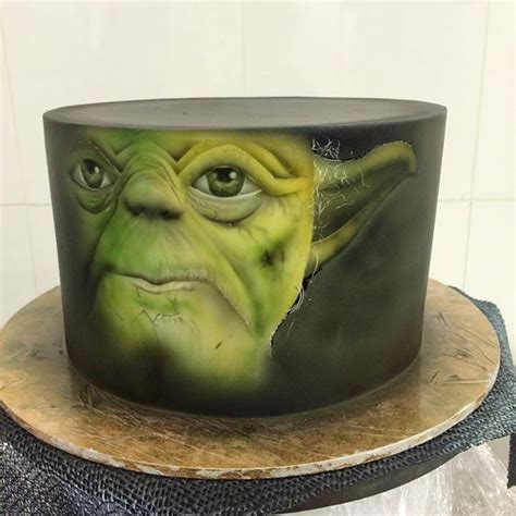 53 Mejores Im 225 Genes Sobre Aerografo En Pinterest Tartas Flamenco Y Pasteles De Boda En Gradas Yoda Cake Template