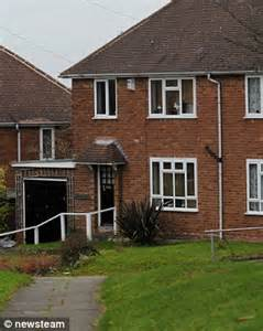 4 bedroom council house marie buchan who lives off 163 2 000 a month benefits says