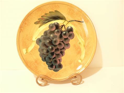 Decorative Grape Plates by Raymond Waites Decorative Grape Plate Toyo Trading Co