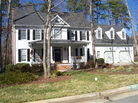 Colonial Homes With Dormers Pin By Shauna Keene On For The Home