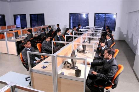 Indira Mba Pune Review by Top 10 Mba Colleges In India